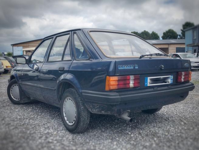 Ford 1.1 de 1985