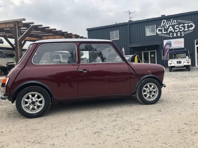 A vendre Mini de 1990 (modèle mini E )