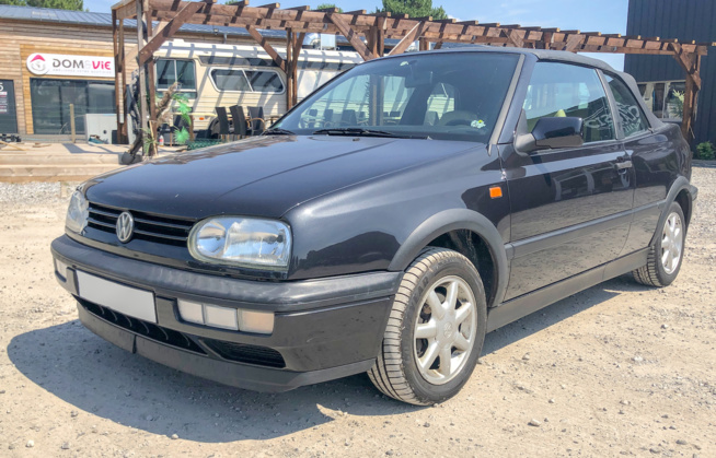A vendre Volkswagen Golf 3 cabriolet