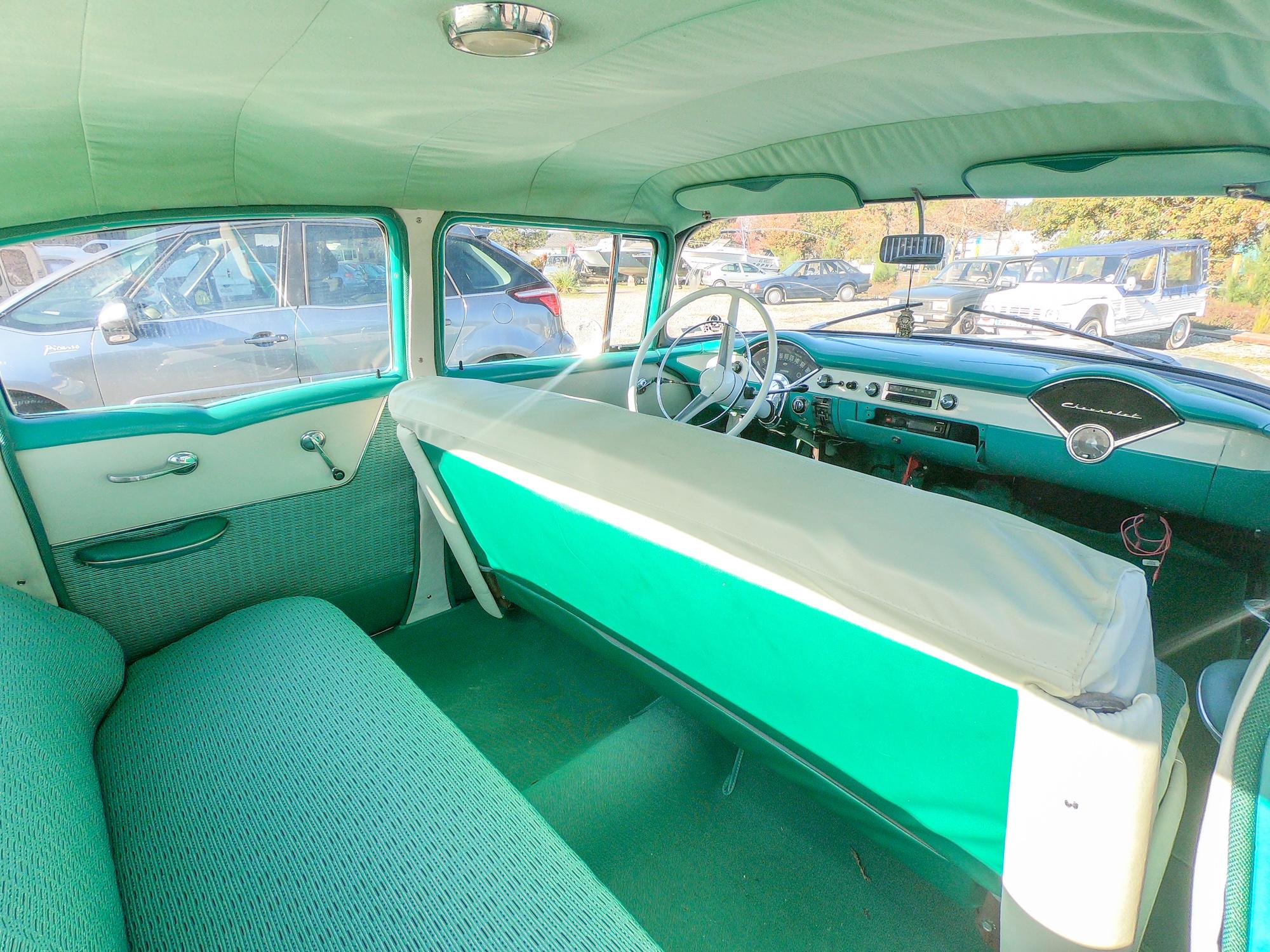 Intérieur Chevrolet Bel Air de 1956