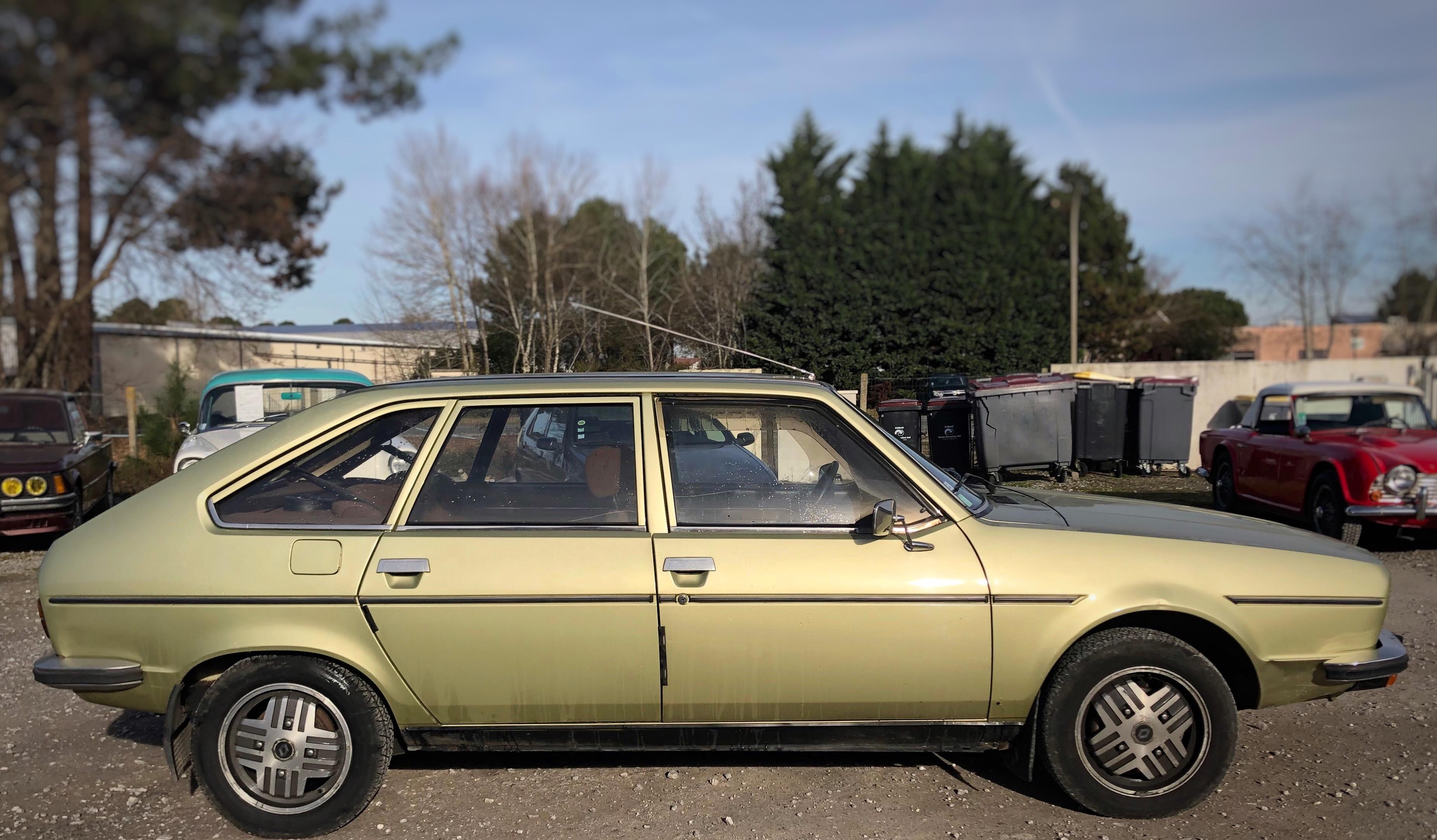 R20 Renault TS en vente