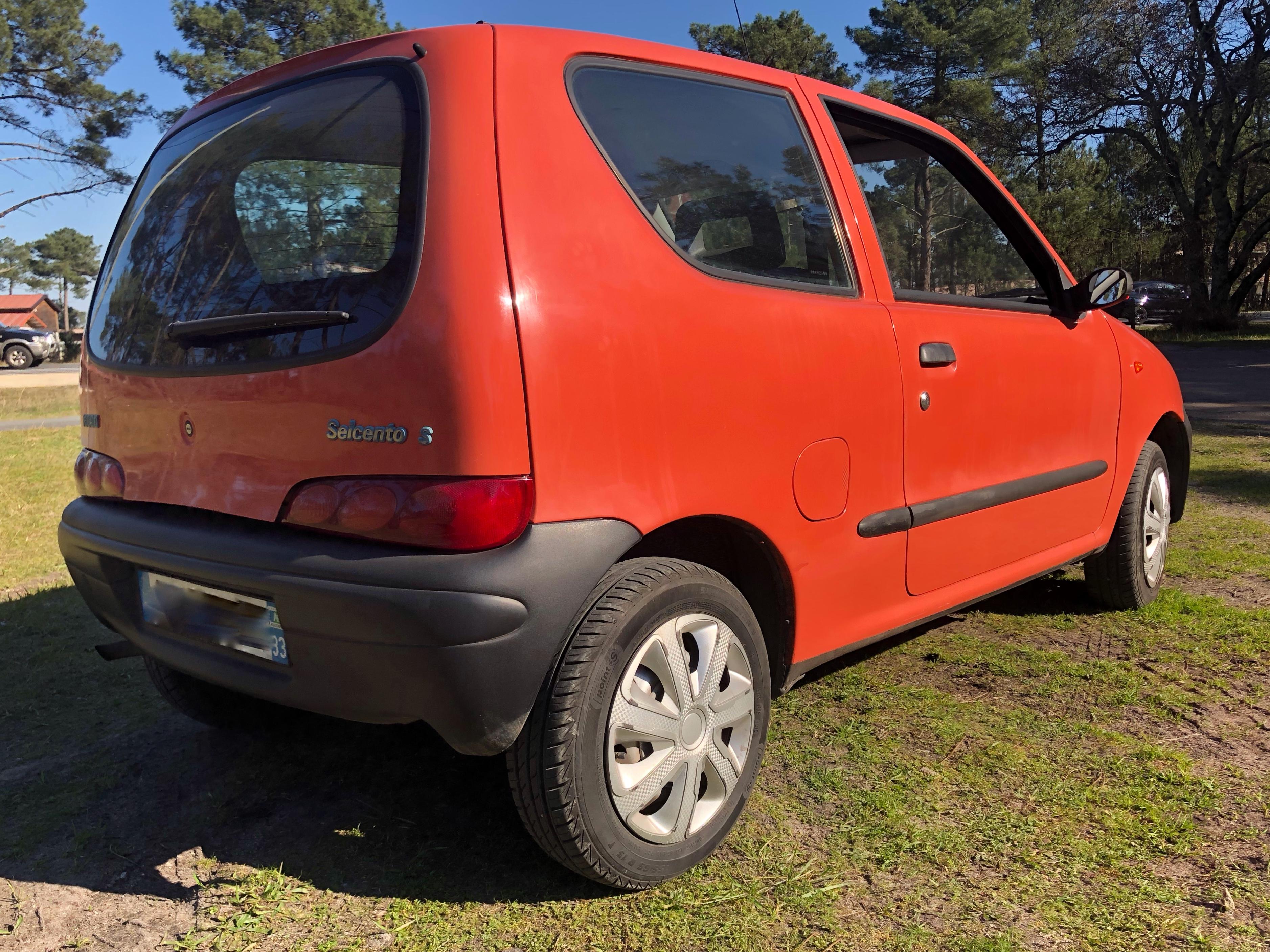 A vendre Fiat Seicento de 1998 - seconde voiture, jeune conducteur, petit budget