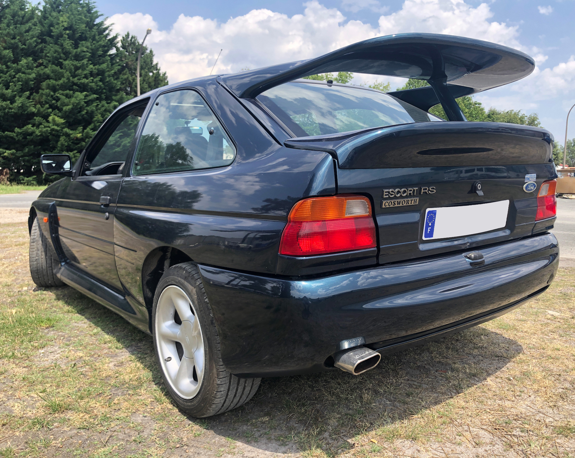 A vendre Ford Escort RS Cosworth 1ère main de 93