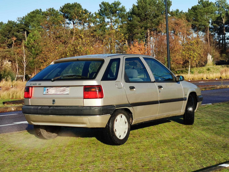 A vendre Citroën ZX 1.6i Aura boite auto