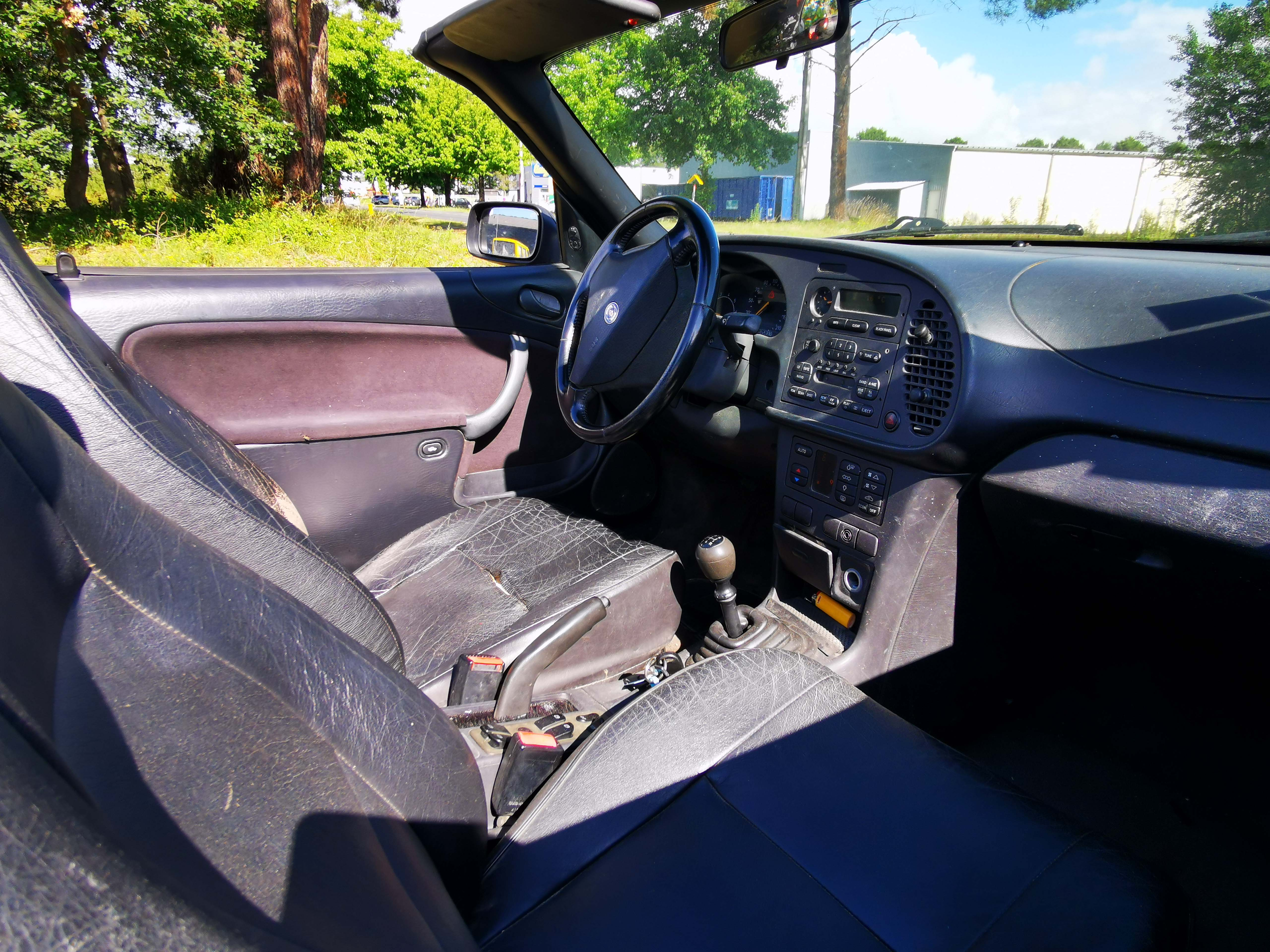 A VENDRE Saab 900 Cabriolet 2.0i Turbo 185 SE
