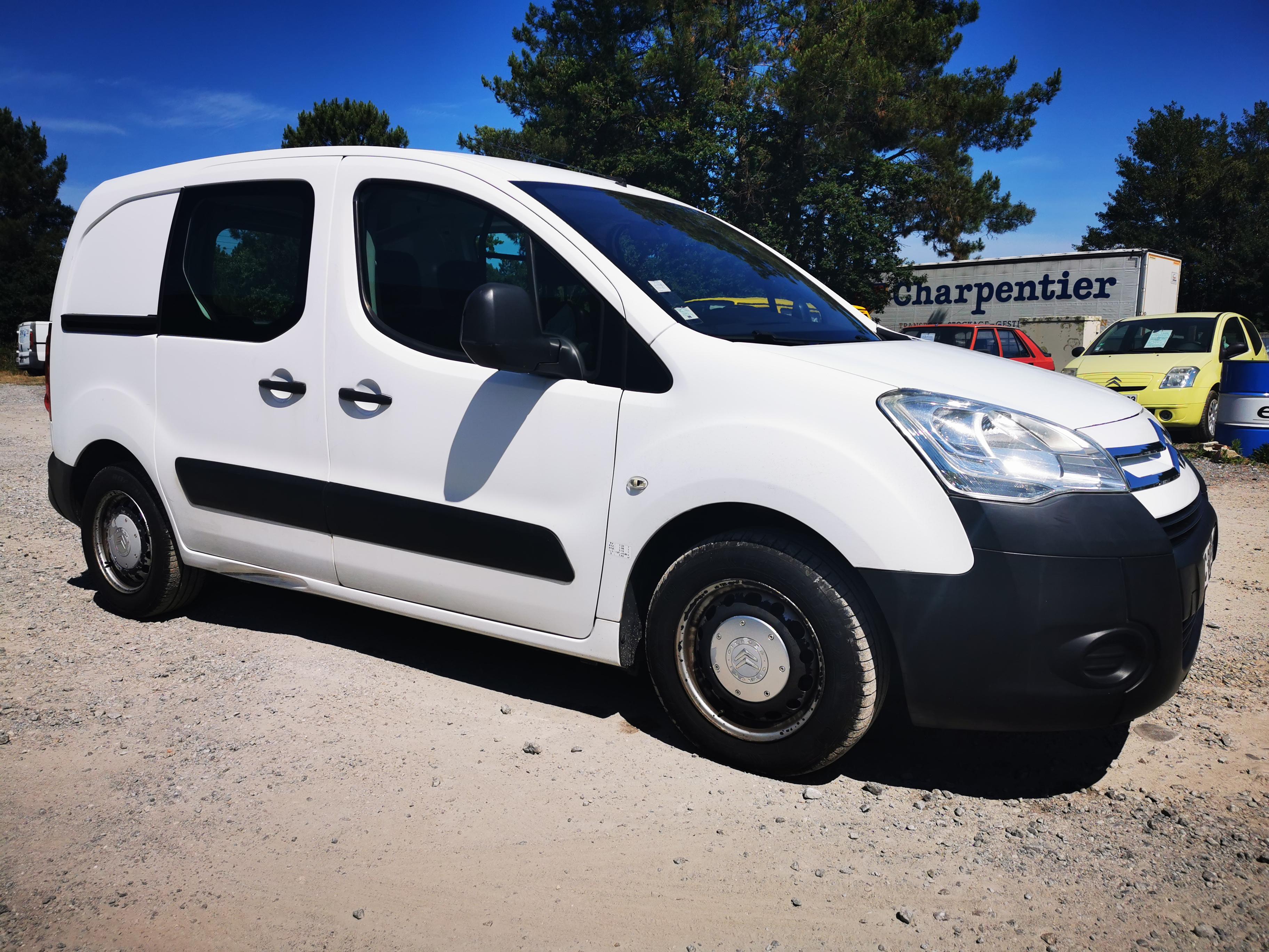 A vendre Citroën Berlingo 1.6 hDi 90cv fourgonnette de 2009 en bel état