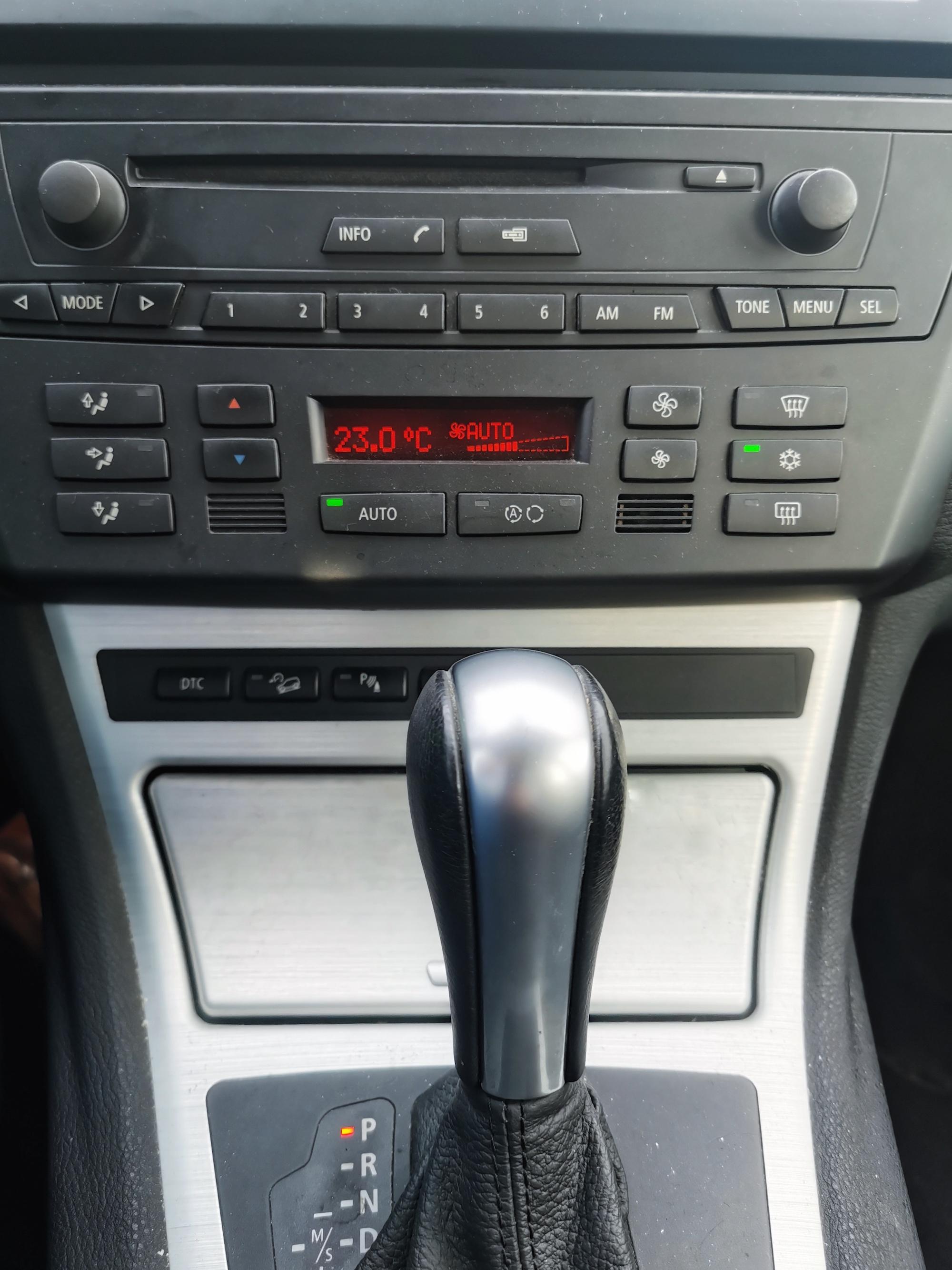 BMW X3 3.0d de 2007 CT ok, révisé et équipements nombreux