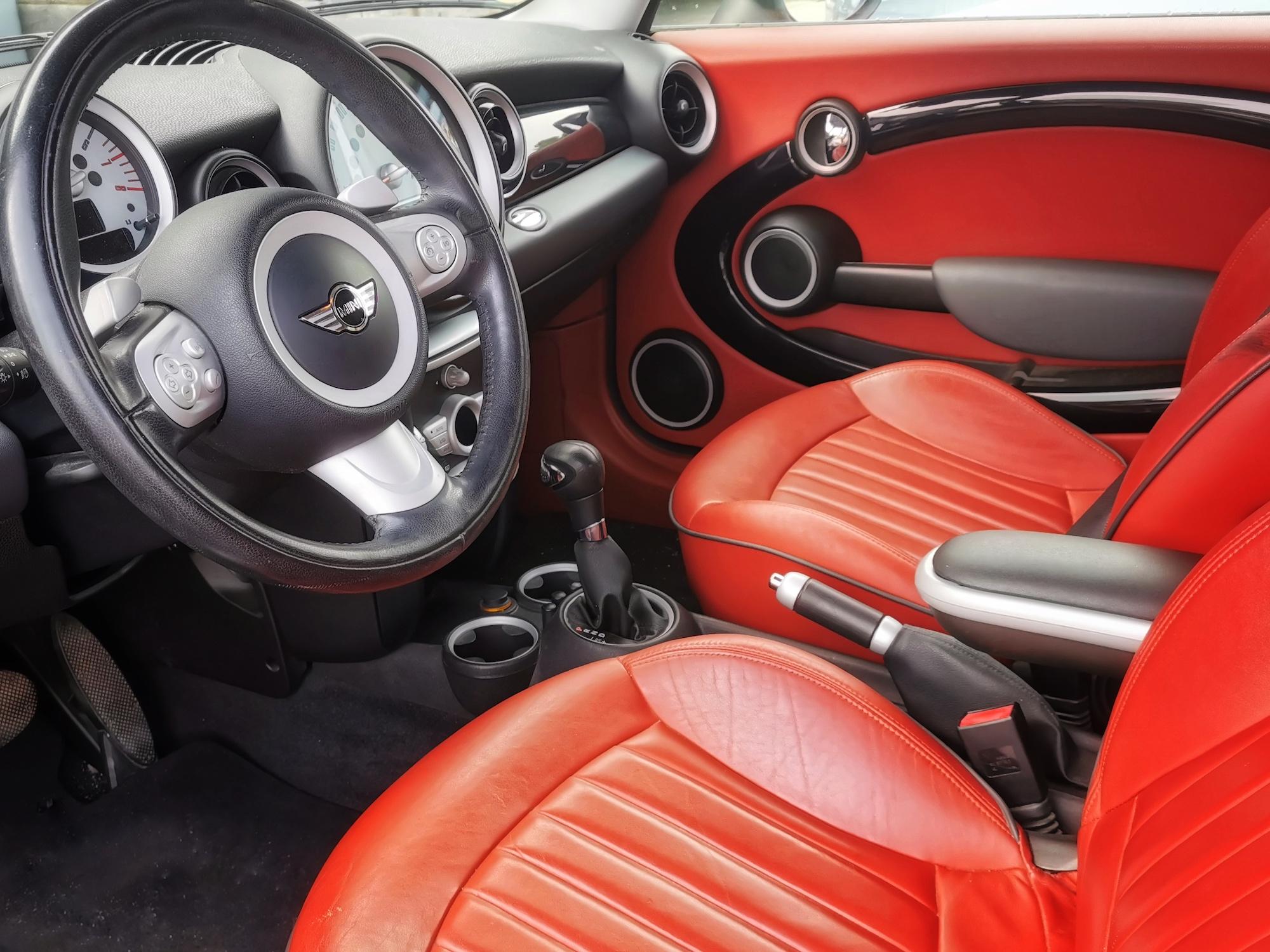 Mini Cooper 1.6i de 2010 - 120 cv - Boite auto.