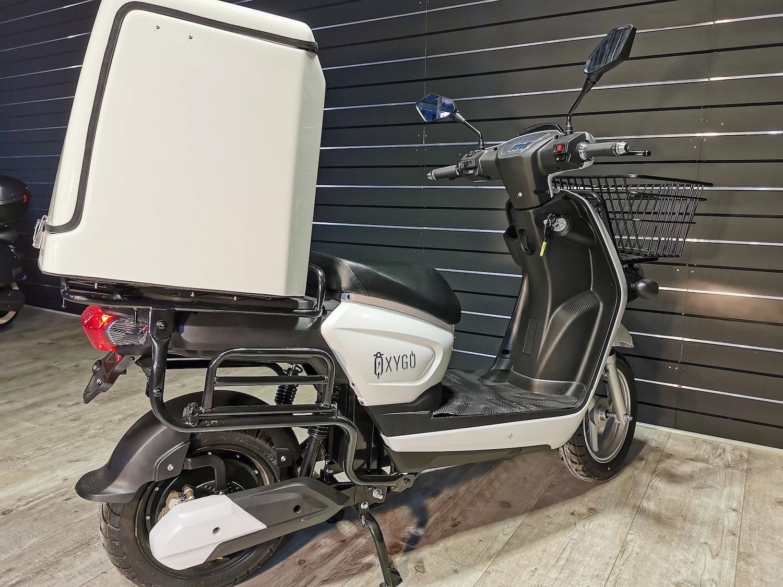 Scooter électrique 50 : CarGo d' Oxygo pour les pros