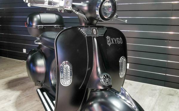 Scooter électrique 50 : Tango d' Oxygo noir mat