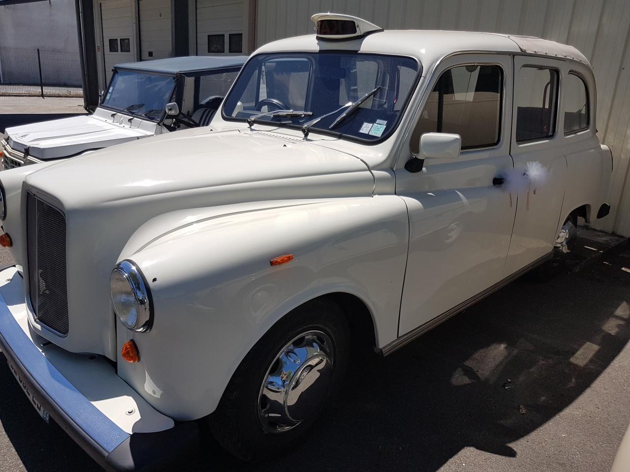 taxi anglais en guise de voiture de mariage location voiture mariage bassin arcachon galerie. Black Bedroom Furniture Sets. Home Design Ideas