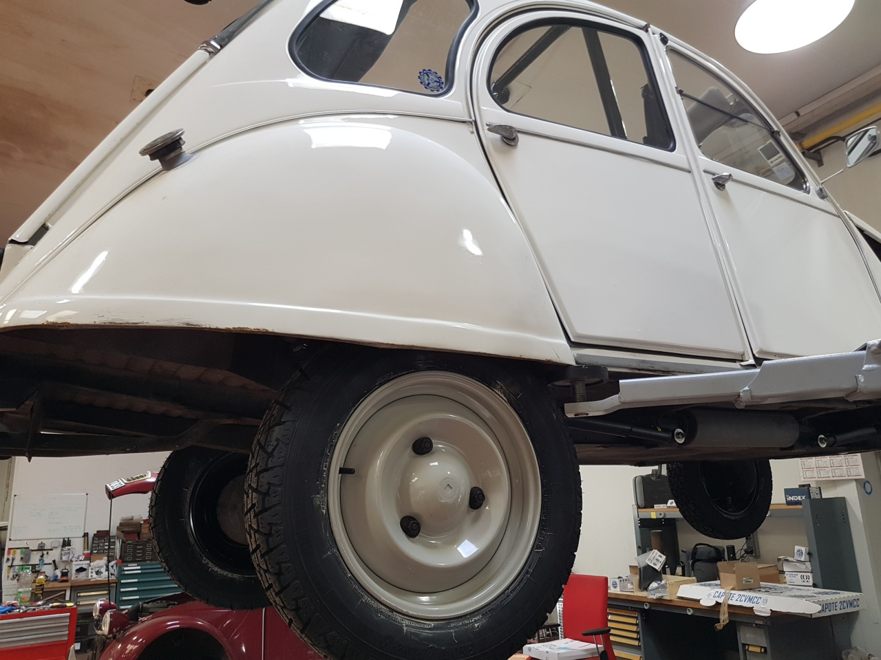 Pr paration raid 2 cv atelier pr paration automobile for Garage preparation moto